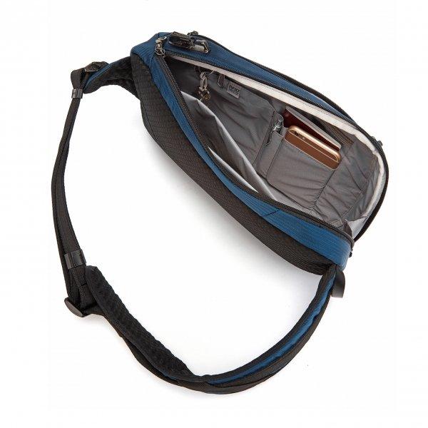 Backpacks van Pacsafe