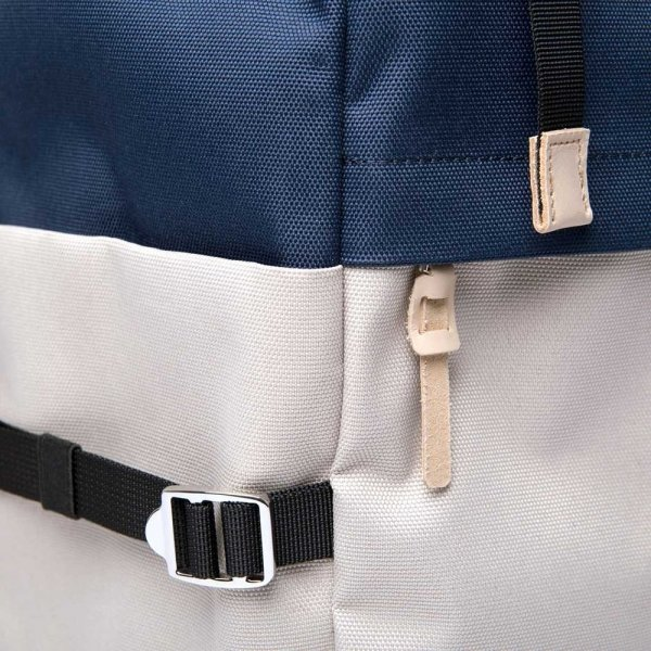 Sandqvist Harald Backpack multi beige / blue with natural leather backpack van Polyester