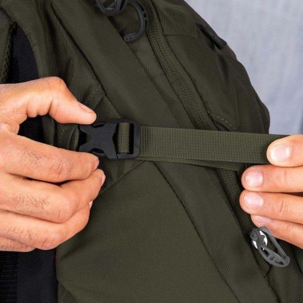 Osprey Apogee 28L black backpack van Nylon