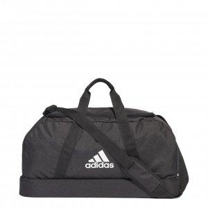 Adidas Tiro Sporttas met Bodemcompartiment M zwart