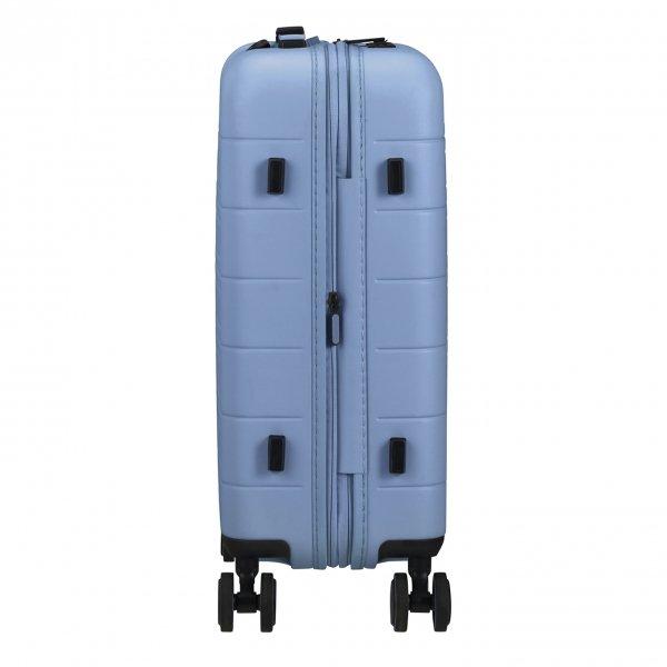 American Tourister Novastream Spinner 55 Exp pastel blue Harde Koffer