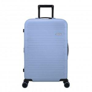 American Tourister Novastream Spinner 67 Exp pastel blue Harde Koffer