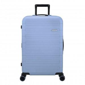 American Tourister Novastream Spinner 77 Exp pastel blue Harde Koffer
